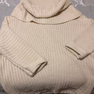 Women's small chunky knit sweater